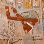 Kleurrijk relief in Karnak