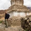 Jan bij een fraaie stupa