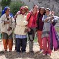 Poseren voor de foto, dorpje Ang