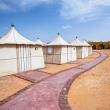 Tenten in Bait Ali, een van de grotere kampen in de Wadi Rum woestijn